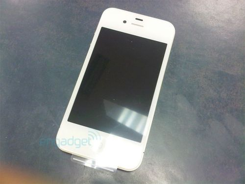 Apple-white-iphone-4-vodafone1-670x502