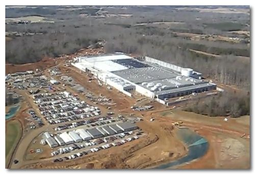 ~ Apple building 174 acre solar farm to power North Carolina data center | 9to5Mac | Apple Intelligence